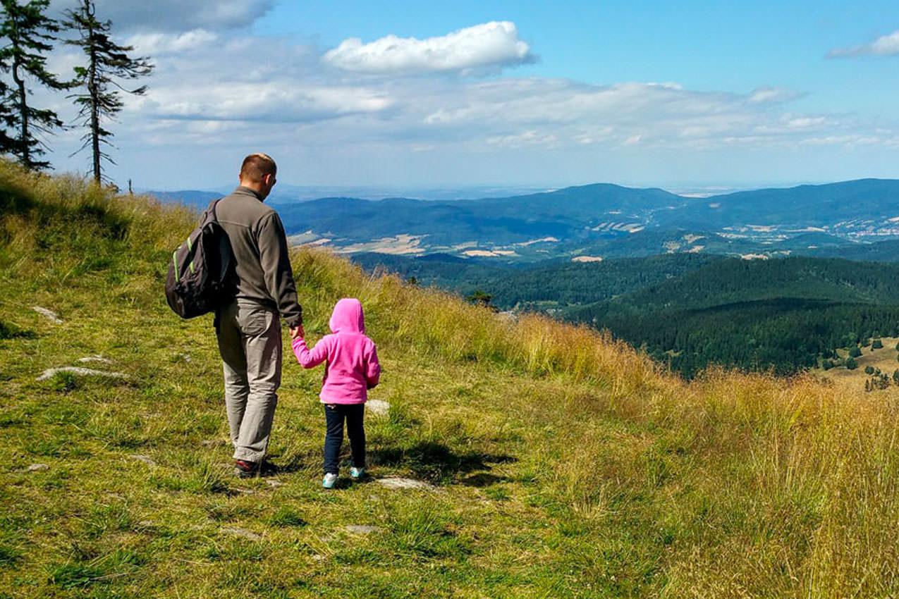 3ae86c833c Se per vacanze in montagna si intendono soggiorni a quote di 1500 – 2000  metri, anche bambini molto piccoli, purchè in buona salute, possono  tranquillamente ...