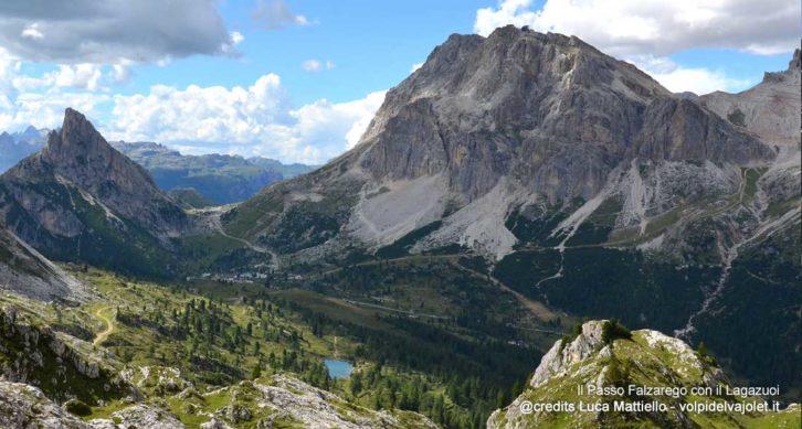 Rifugi Averau, Nuvolau, 5 Torri e lago di Limides: Escursione ad anello partendo dal passo Falzarego.